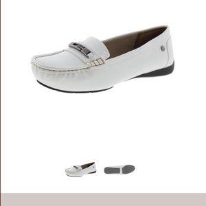 LifeStride Women's Velocity Loafer, White, 11 M US
